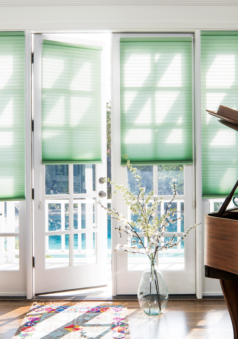 SHOP HONEYCOMB SHADES